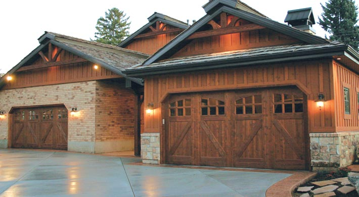 Residential Garage Door AMARR BY DESIGN & Dixie Door | Custom Residential Garage Doors | Amarr by Design